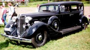 Nash_4door_sedan_1934